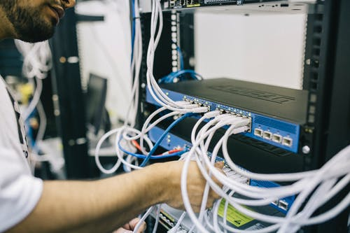 What Is Reseller Hosting?